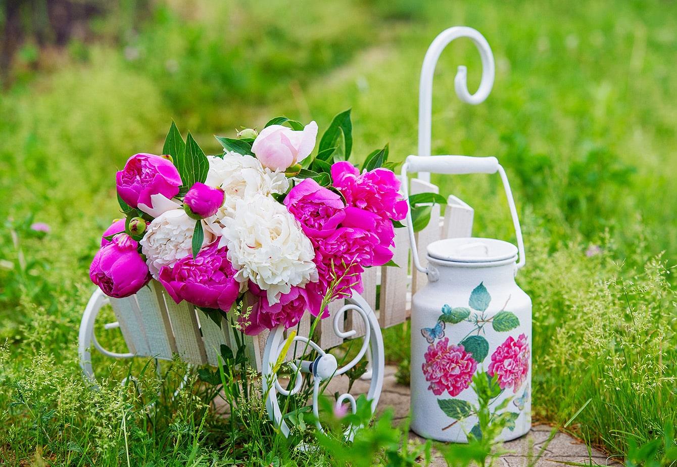 Garten im Vintage-Stil - schöne Ideen für Deko und Blumen