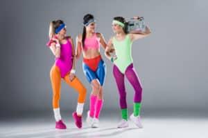 Sportbekleidung im Vintage-Stil - sportlich aktiv im nostalgischen Outfit