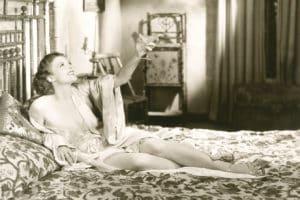 Vintage Nachtwäsche - stilecht auch im Bett